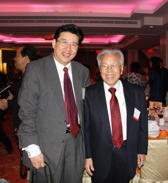 Former Chairman Hong Borong of the WFAS