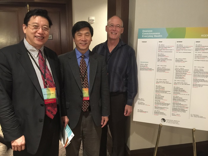 With Dr. Haihe Tian, the president of American Alumni Association, and Psychologist Larry Stole.