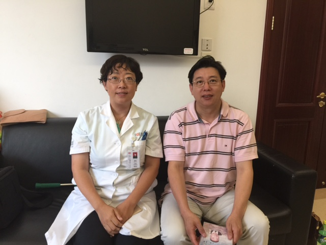 Dr. Decheng Chen Visited Dr. Guan, Ling (Director Acupuncture Dept. of Beijing 301 Hospital) on August 12, 2015